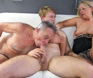 Old mature porn pic